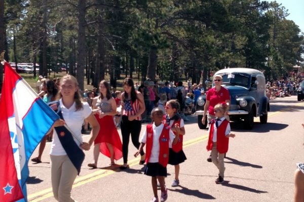Parade Girl Scouts